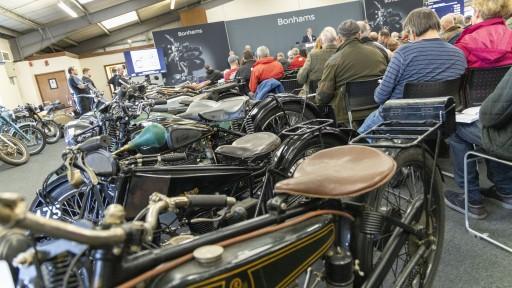 Papst-Harley-Auktion-143.512x288-crop.jpg